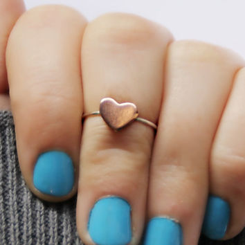 heart knuckle ring in sterling silver and copper, heart ring, midi ring, minimalist ring, stacking ring, two tone ring
