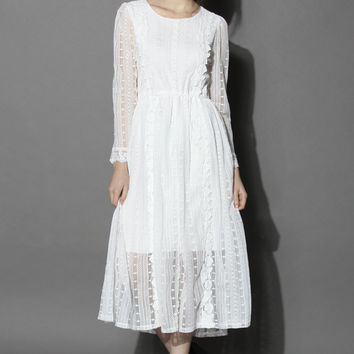 Victorian Roses Lace Crochet Maxi Dress  White XS
