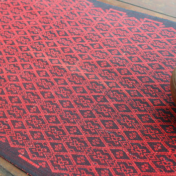 Table Runner In Tribal Naga Woven Cotton Red And Black With Fringe Ends