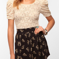 Pins and Needles Puff Sleeve Lace Tee