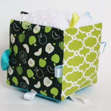Sensory Cube, Taggie, Apple Scented Toy, Green, Blue, White, Yellow, Green  Apple, Textured plush, Minky, Ribbons, Educative, Cute baby gift