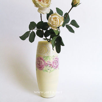 Painted glass vase- Imitation Vintage style. Ecru with roses vase. Unique Gift for wedding and birthday. Home decor. Gift for her. Rose.