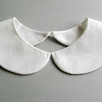 Plain and Simple White Leaves Detachable Handmade Peter Pan Collar Necklace Summer On Trend Must Have Col Claudine Amovible