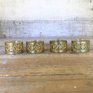 Napkin Rings 4 Brass Napkin Holders Mid Century Gold Napkin Rings Hammered Brass Napkin Ring Holder Set Hostess Gift Dinner Party Decor