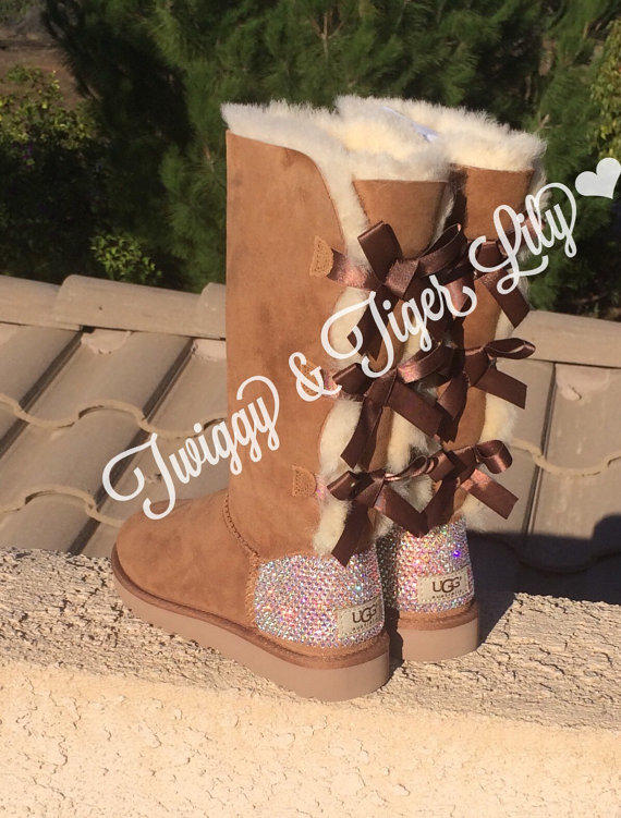 7548486e723 NEW - Chestnut TALL Bailey Bow Uggs With from Twiggy & Tiger Lily