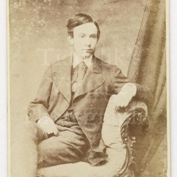 CDV Carte de Visite Photo Young Victorian Seated Handsome Man in Suit by T Pope of Birmingham England