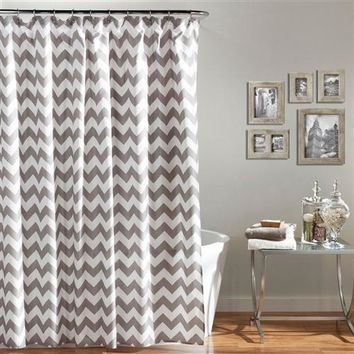 """Oliver"" Chevron Pattern 72-inch Shower Curtain in Grey & White"