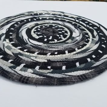 Shop Black And White Round Rug On Wanelo