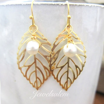 Gold Leaf Earrings with Pearl, Medium Leaves Earrings with Dangling Pearl Drop, Wire Wrapped Small Pearl Leaf Earrings Dangle Earrings C1