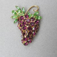 Exquisite Dorothy BAUER Rhinestone Grape Bunch Pin, Vintage ca 1993 MIB!
