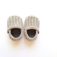 Grey Boy Baby Shoes, Grey baby booties, Baby shower gift, gift for boy, It's a boy, Hand crocheted baby shoes by VeraJayne