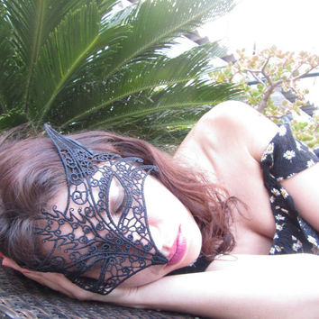 Sexy Black Mask Foxy Lace Mask Halloween Masquerade Ball Sexy Lady Holloween costume Fox Mask Party Masque kittenplay DDLG cosplay Gothic