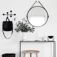 6 Essentials for a Functional Entryway -