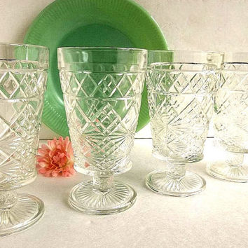 Vintage FOUR Hazel Atlas TALL 1950s Gothic pattern Big Top Peanut Butter footed goblets iced tea glasses, drinking glasses Cottage Chic