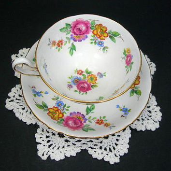 Vintage Tea Cup Set - New Chelsea Staffs - Fine Bone China - Made in England - Old-fashioned Colorful Flowers Gold Trim - Collectible China