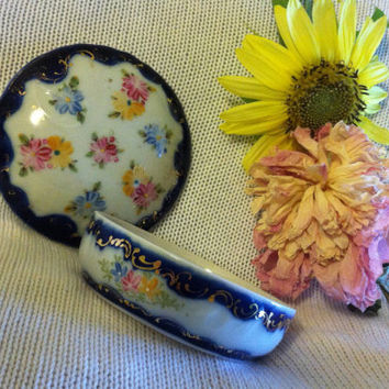 Floral Fine Porcelain Ring Trinket Dish Hand Painted Cobalt Blue Lidded Ornate Candy Nut Bowl Pink Yellow Blue Flowers Gold Gilt Scrolling