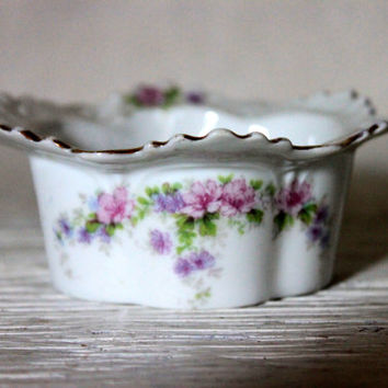 antique small dish finger bowl condiment  // porcelain trinket small dish // floral pattern // late 1800s early 1900s