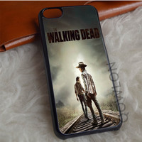 The Walking Dead Cover Movie iPhone 7 Case