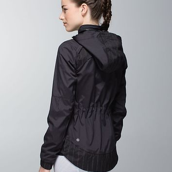 spring forward jacket | women's jackets and hoodies | lululemon athletica