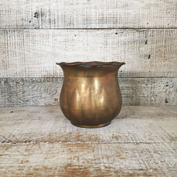 Brass Vase Vintage Vase Short Brass Vase Flower Vase Mid Century Vase Brass Planter Vintage Brass Bowl Small Planter Cottage Chic Decor Gift