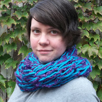 Chunky infinity scarf Blue and purple arm knit long cowl boucle yarn
