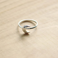 Moonchild Silver Crescent Moon Midi Ring Size 6.5