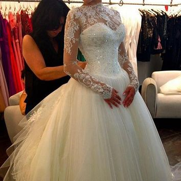 Vestido De Noiva Lace Long Sleeves Backless A-Line Wedding Dresses High Neck Tulle Applique Beaded Court Train Bridal Gowns