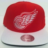 Mitchell & Ness Detroit Red Wings Snapback Hat