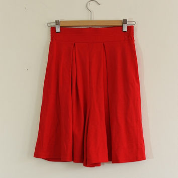 Vintage Bright Red Shorts // High Waist // Size Small to Medium