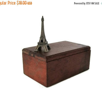 ON SALE Small Wood Storage Trinket Box, Vintage Rustic Decor, Handmade OOAK Gift for Him or Her