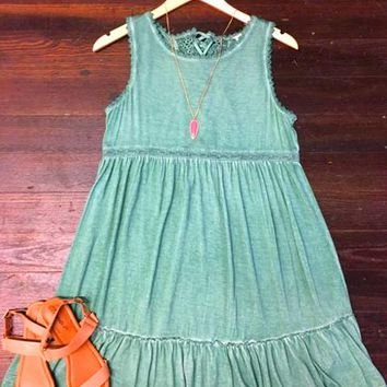 Feeling Free Lace Detail Dress: Green