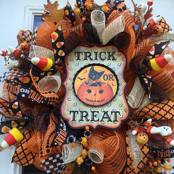 Trick or Treat Deco Mesh Wreath, Black Cat Deco Mesh Wreath, Halloween Deco Mesh Wreath, Halloween Mesh Wreath, Front Door Wreath
