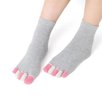 Cotton Five Fingers Non Slip Grip Socks