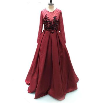 Long evening Dresses A-line long sleeve Appliques Beaded evening Party Gown dress