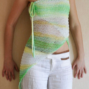 SALE 50% / Hand Knit Triangle Summer Shawl / Women's Clothing / OOAK Clothing / Beach Poncho / Pareo / Wrap Shawl / Free Shipping