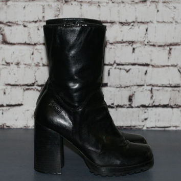 90s chunky boots black vegan leather platform shoes ankle grunge cyber goth punk boho festival hipster minimalist distressed US 9