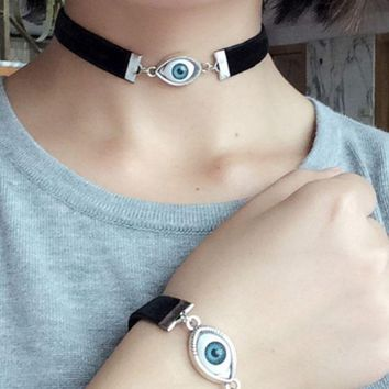New popular Halloween eyeball eye skin cord neck chain chain.
