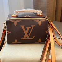LV simple retro presbyopia women's handbag shoulder diagonal bag