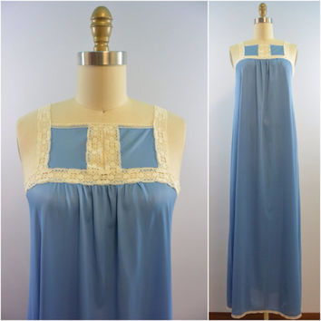 Vintage 70s/80s Lingerie Vassarette Nylon Nightgown in Steel Blue