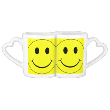 Smiley Faces Pattern Couple Mugs