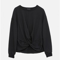 L/S Knotted Sweater in black