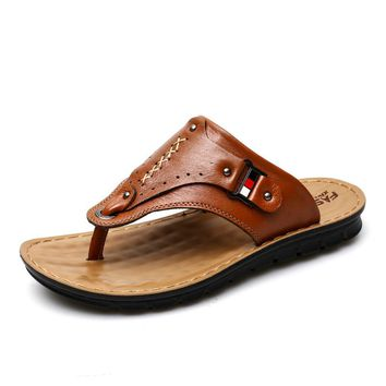 New Men Slippers Summer Flip Flops The First Layer Cow Leather Flat Heel Casual Mulers Clogs Beach Shoes High Quality Sandals