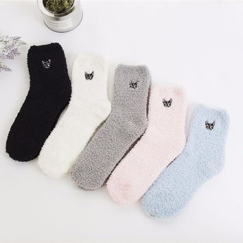 PEONFLY Embroidery dog CAT Thickening women cotton Keep Warm Sleep funny cute Socks hosiery Winter cut 5pairs/lot