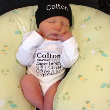 0945e56132b Birth Announcement  Baby Boy or Girl Newborn Onesuit and HAT  Pe