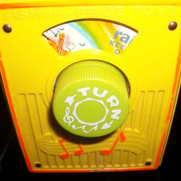 Vintage Fisher Price Radio Toy Plays Raindrops Keep Falling On My Head,Collectible Vintage,Castawayacres