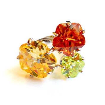 Vintage Glass Flower Statement Ring - Rhinestone Faceted Flower - Size 7 - Silver Tone Metal - Orange Yellow Green - Spring Jewelry