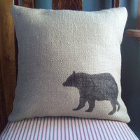 Bear Pillow Cover 16 x 16 / Burlap Pillow Cover / Decorative Pillow / Cabin and  Lodge Decor / Winter Decor