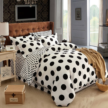 Fashion black white polka dot warm cotton bedding sets bedspreads on queen size bed with sheet duvet cover 4/5pc comforter set