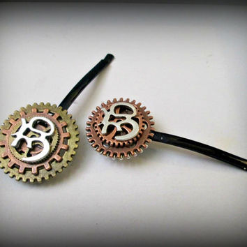 Om-Steampunk om bobby pin-om bobby pin-steampunk hair pin-haip cilp-watch parts hair pin-1 pair