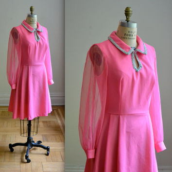 Vintage 1960s Mod Rhinestone Pink Dress Size Medium Large